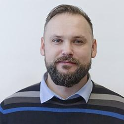 Станислав Савинов